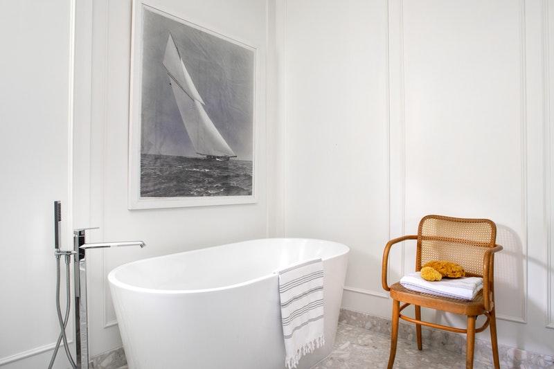 Gold - Bathrooms Under 30K, Anna Grzesiowski
