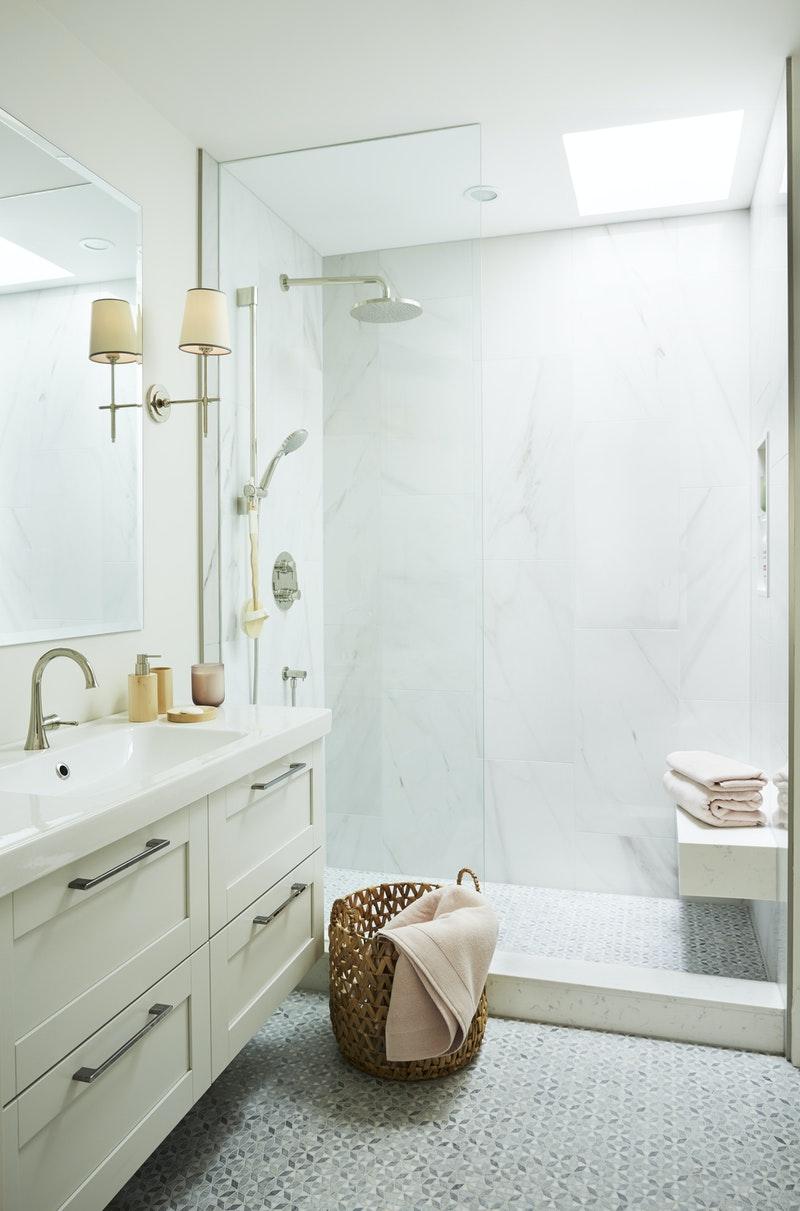 Bronze - Bathrooms Under 30K, Kate Dickson